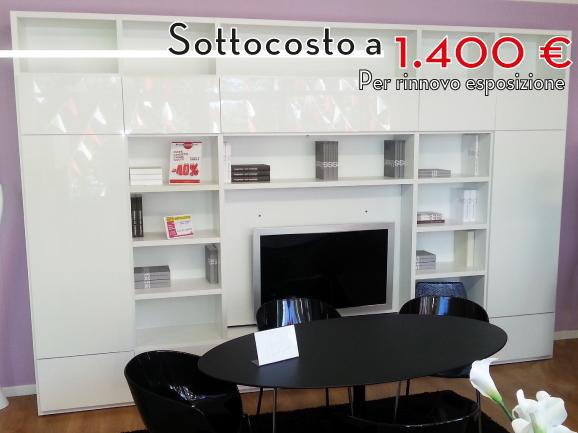 ArredissimA Varese Soggiorno libreria bianco con porta TV ...